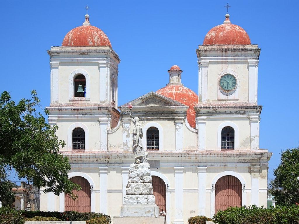 Iglesia en Holguín