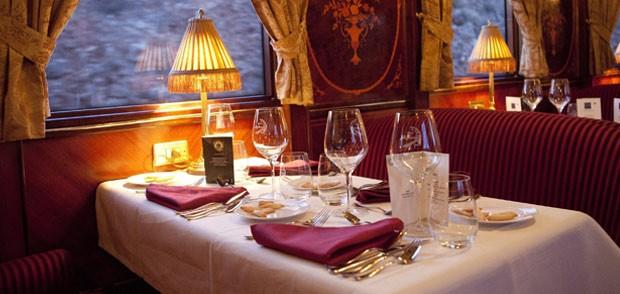 Salon Restaurante tren turístico al-andalus