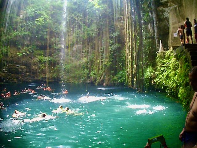 Cenote una visita imprescindible en riviera maya